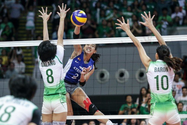 Alyssa Valdez with a kill. Photo by Tristan Tamayo/INQUIRER.net
